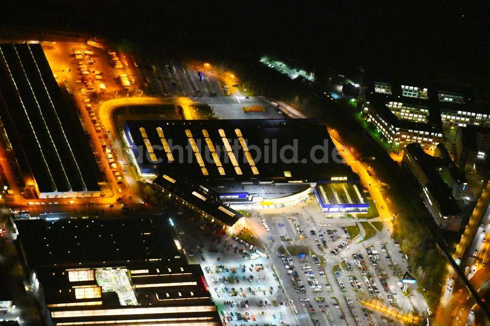 Berlin bei nacht aus der vogelperspektive nachtluftbild geb ude des einrichtungshaus for Einrichtungshaus berlin