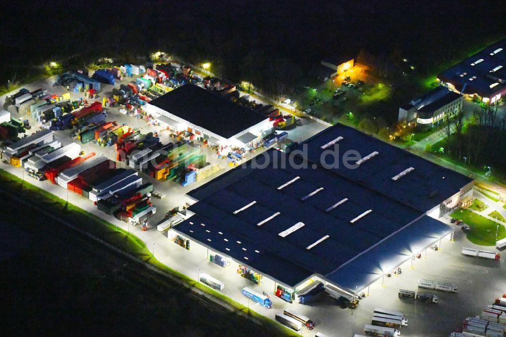 Nachtluftbild Potsdam - Nachtluftbild Lagerhallen und ...
