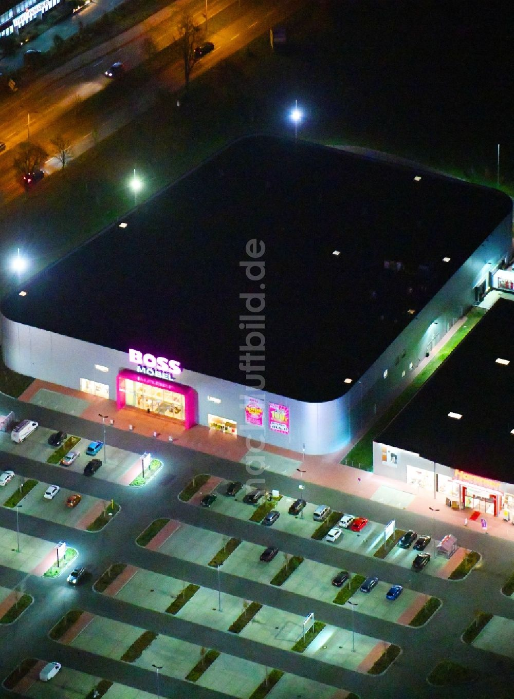 Nachtluftbild Berlin Nachtluftbild Neubau Eines Möbelhauses Der