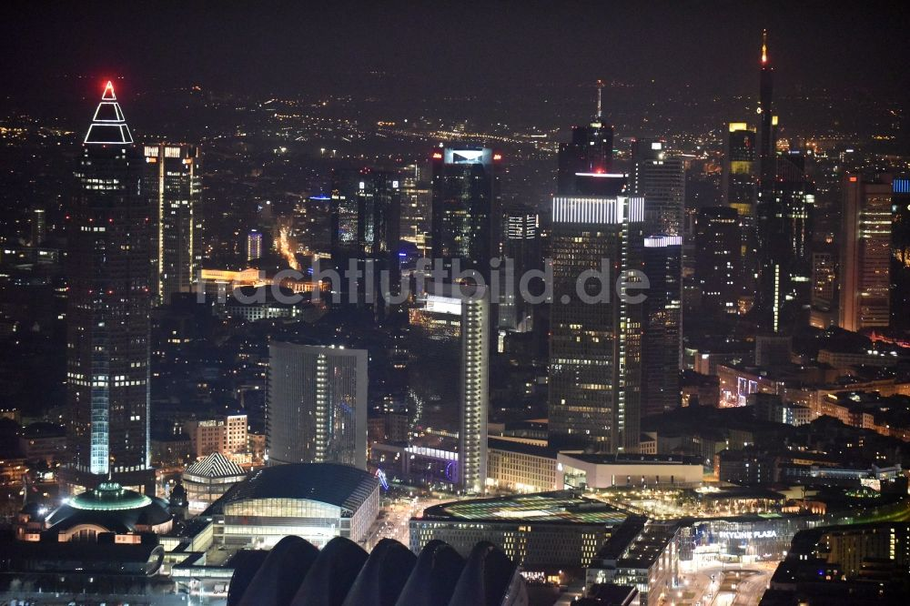 frankfurt am main bei nacht aus der vogelperspektive nachtluftbild stadtzentrum mit der skyline. Black Bedroom Furniture Sets. Home Design Ideas